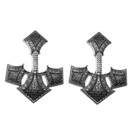 Brinco de Metal  - Emblema - Prata Velha