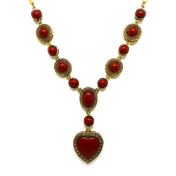 Colar Boho Dourado com Coração Vermelho