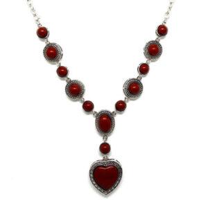 Colar Boho Prata com Coração Vermelho
