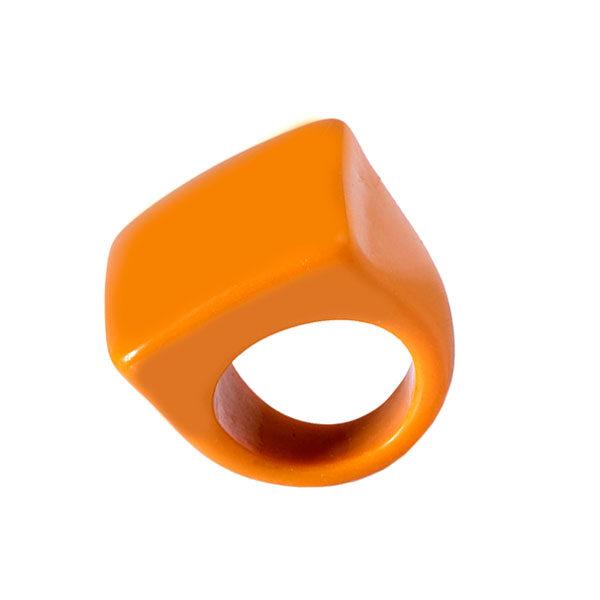 Anel de resina quadrado mostarda